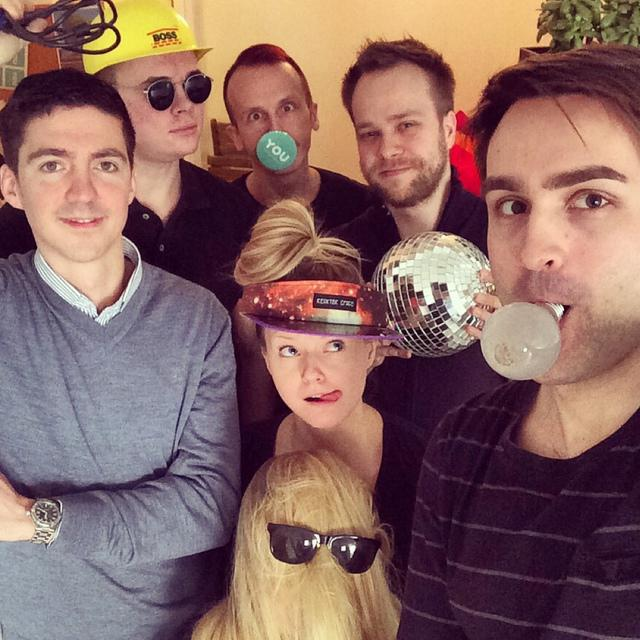 YOU_team: Funny Face for Charity - YOU-app